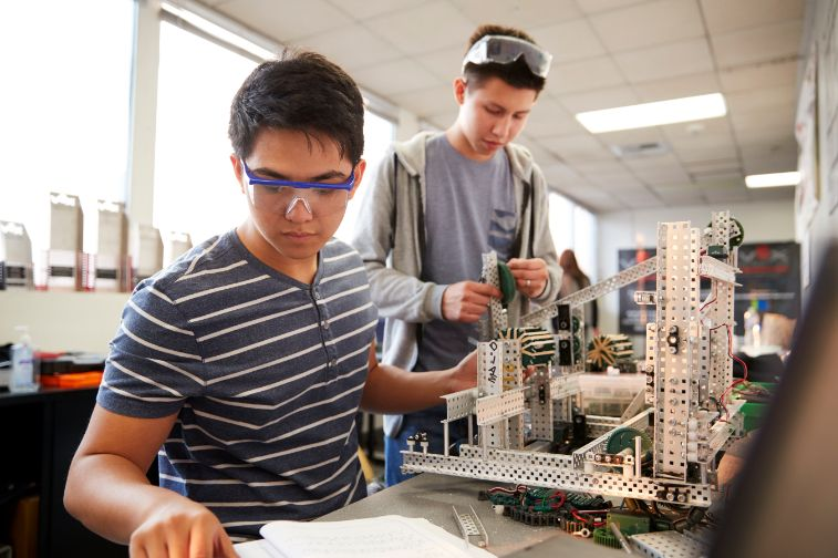 A Level Physics tutors can help you ace well to achieve your dream career