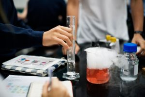 Secondary-Sciecen-Tuition-Chemistry Experiment