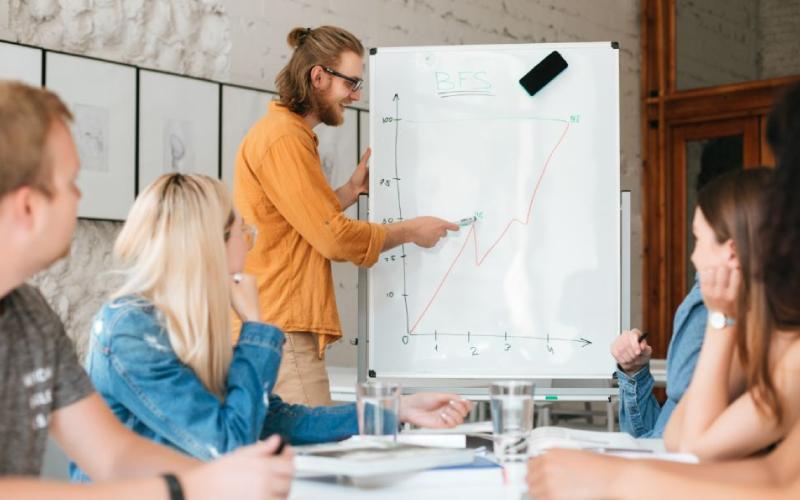 JC Economics Tutors – 5 Study Hacks On How To Do Well!