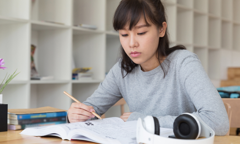 Girl Having GP Tuition